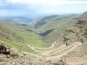 Haarspelbochten... in 4 kilometer 900 meter klimmen met de 4x4