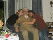 Cuddling with Grandpa @ Beneden-Leeuwen