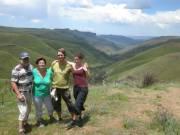 Het ouderenclubje met gidsen op de Sani pass, Drakensbergen